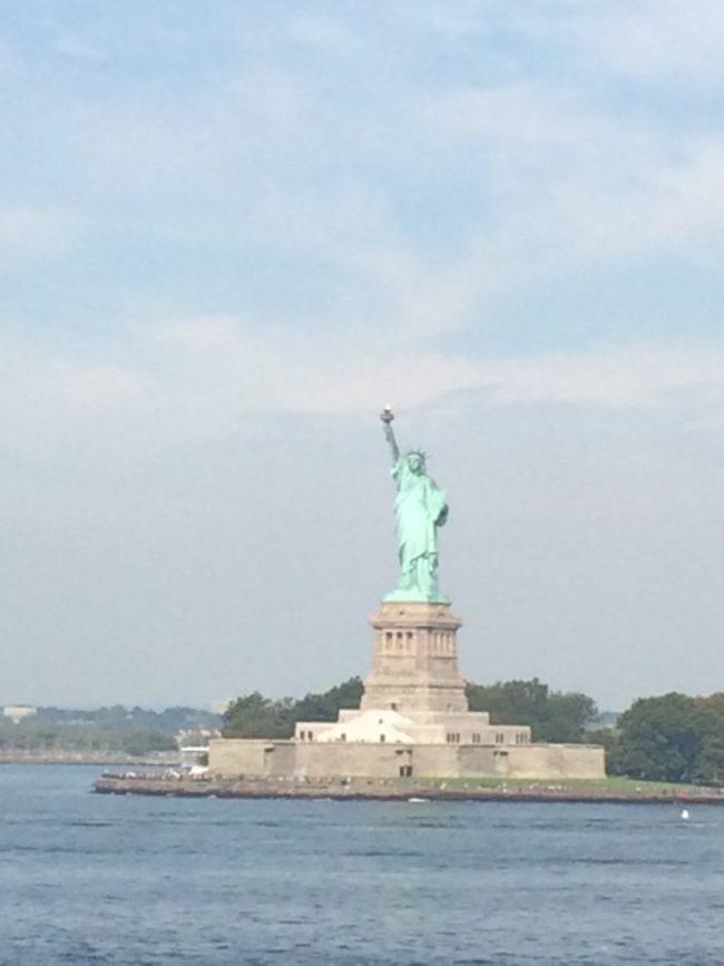 ニューヨークの街は、とても明るく陽気な街でした。