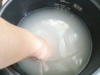 姑と食事でのご飯やお味噌汁の作り方でもめています。
