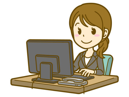 職場でも机、文房具、パソコンとミニマリストしてます。